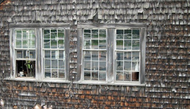 You know I like texture and windows !!!