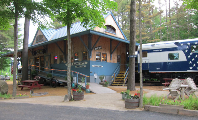 Cafe Lafayette Dinner Train Station