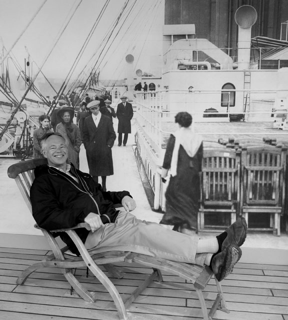 RAY on the TITANIC DECK CHAIR, well a reproduction.