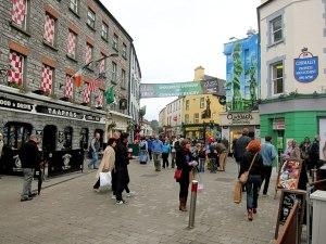 Pedestrian Shopping in Galway