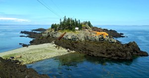 At the northern tip of the island, this becomes an island as the tide comes in