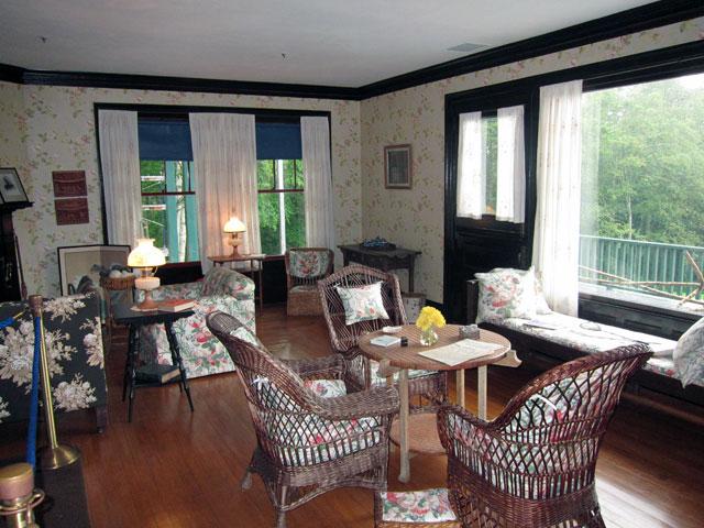 LIVING ROOM in the Roosevelt Cottage
