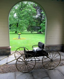 Carriage in the entryway