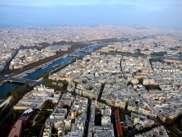 Looking east along the Seine from the Eiffel Tower