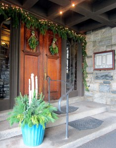Entranceway to the Castle Hill Inn